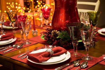 164348-425x282-ChristmasDinnerTable